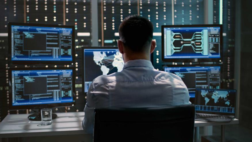 Controlando la Ciberseguridad con varios ordenadores