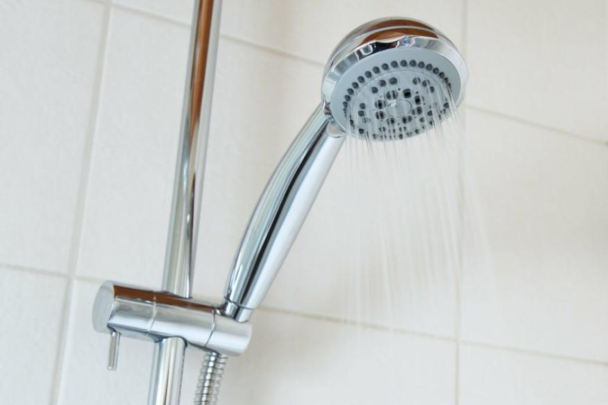 Flexo de ducha, agua