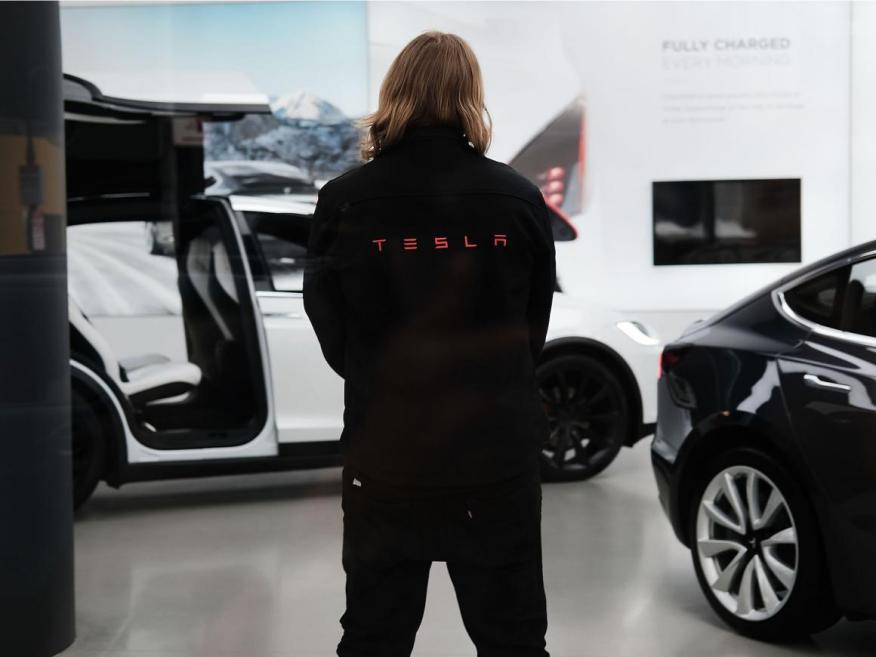 Tesla fulminó al 7% de su plantilla el pasado viernes.