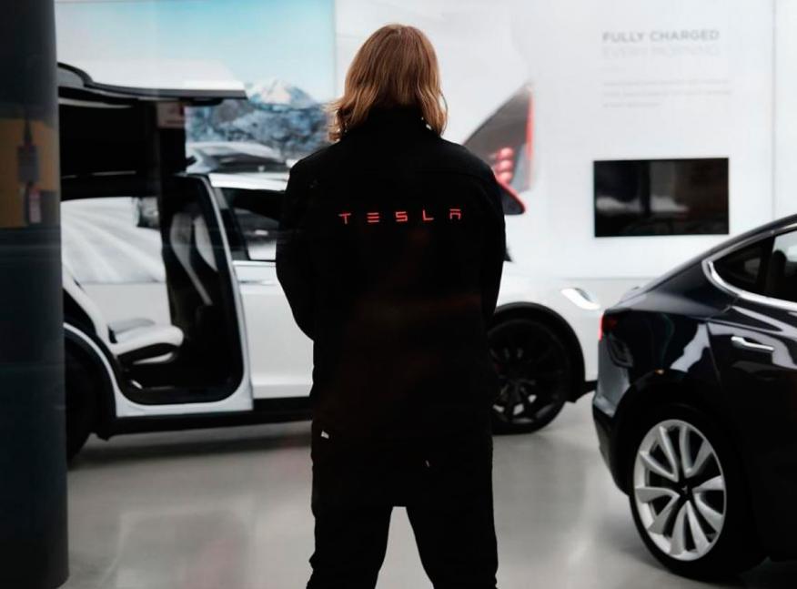 Ex empleados de Tesla aseguran a Business Insider que les pilló por sorpresa saber que los estaban despidiendo.