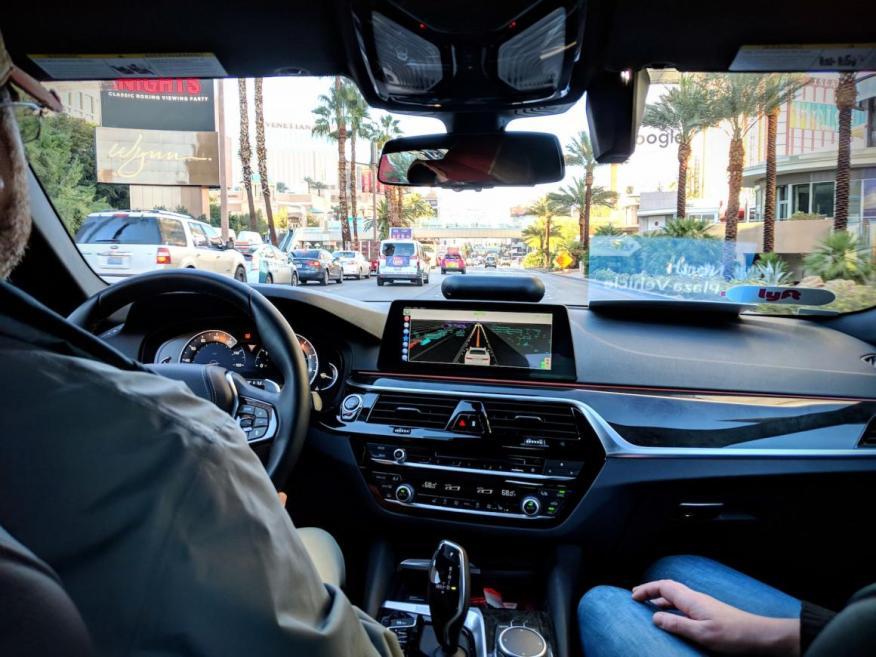 El CEO de Warner Media, John Stankey, reveló que los vehículos 5G y autónomos son la razón secreta por la que AT&T cree que su adquisición de Time Warner será lucrativa.