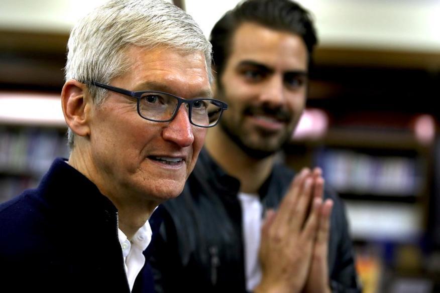 Con Tim Cook como CEO, Apple se ha centrado cada vez más en los consumidores de productos de alta gama