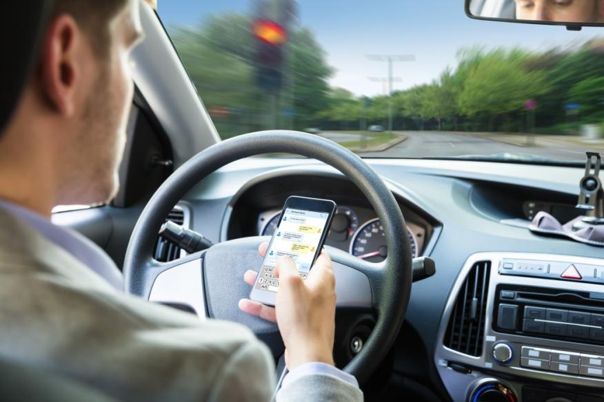 Conductor Whatsapp al volante