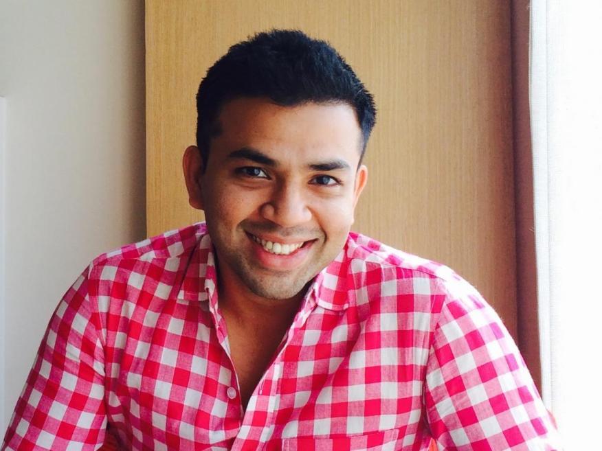 Si vas a sonreír y asentir ante cada idea que se proponga, probablemente no seas muy atractivo para la empresa, opina Bharath Jayaraman (en la imagen).
