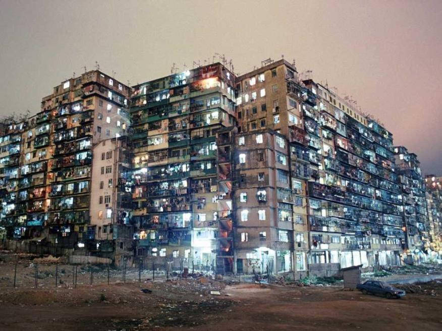 La ciudad amurallada de Kowloon estaba 119 veces más poblada que Nueva York.