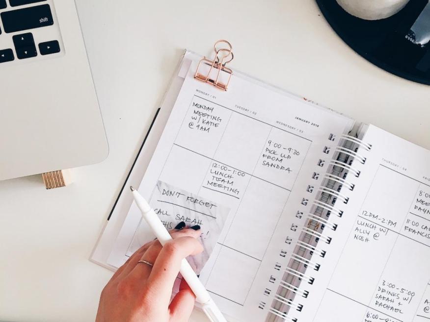 Organizar tu agenda del día es el último paso por las mañanas