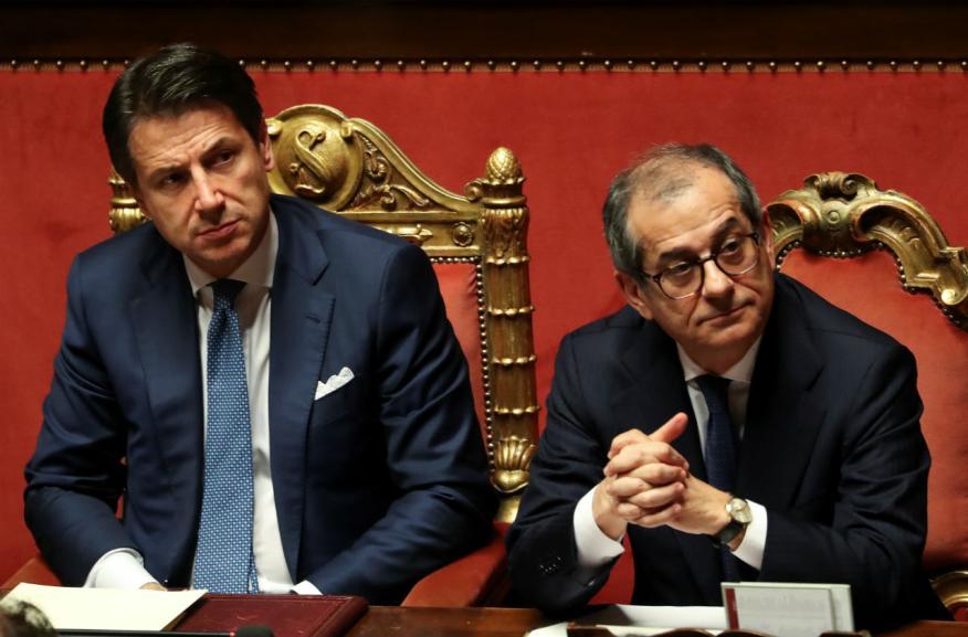 El primer ministro italiano, Giuseppe Conte, y su ministro de Economía, Giovanni Tria