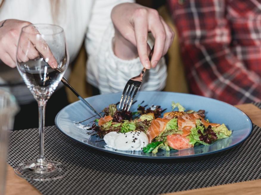 La dieta mediterránea se basa en en la verdura, el pescado y el aceite de oliva