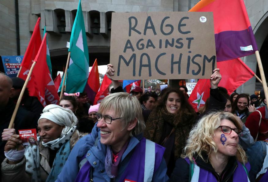 Mujeres manifestándose en Bruselas.