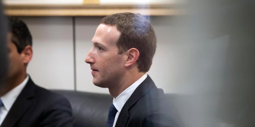 El CEO de Facebook, Mark Zuckerberg, en el capitolio de Washington en abril de 2018.