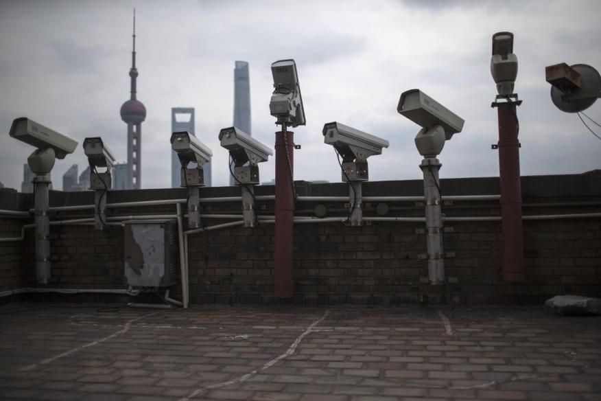 Bostrom ha defendido la vigilancia a gran escala a nivel global.