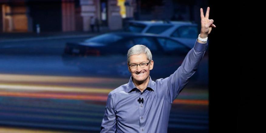 Tim Cook, CEO de Apple, dijo que la compañía había comprado entre 20 y 25 empresas en los últimos 6 meses.