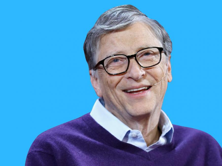 Gates podría dar a cada persona viva en el planeta 10 dólares  - y todavía le quedarían más de 30 mil millones de dólares.