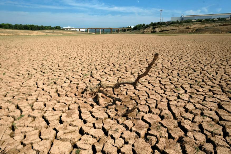 El depósito de agua María Cristina, casi vacío, durante una grave sequía cerca de Castellón,el 14 de septiembre de 2018.