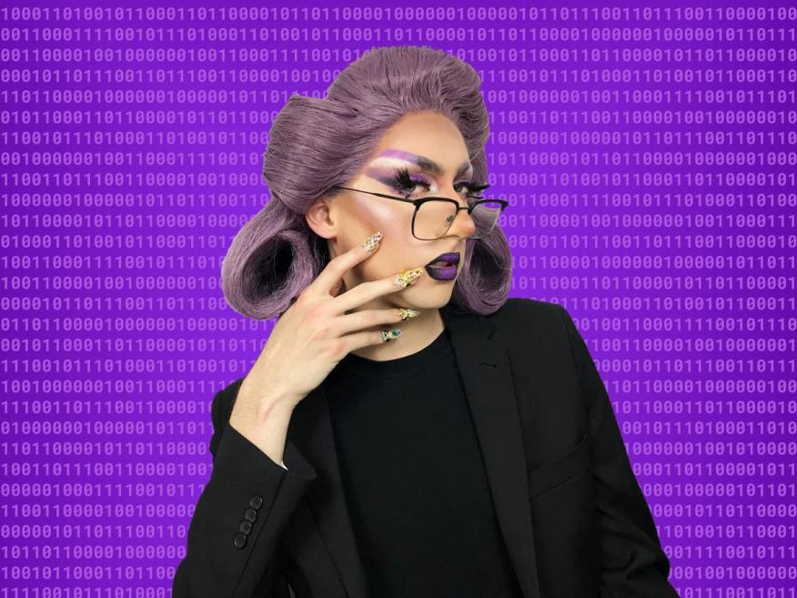 Anna Lytical te enseña a programar.