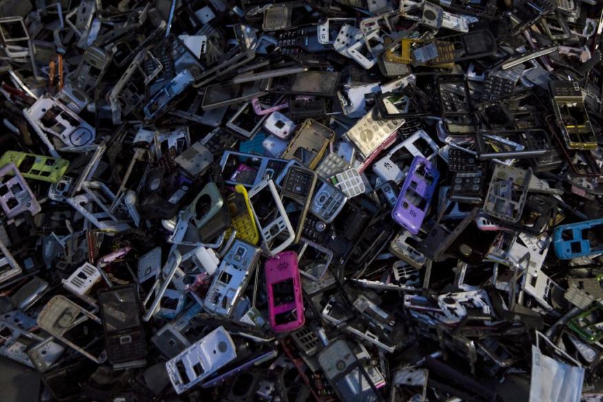 Móviles utilizados en un vertedero.