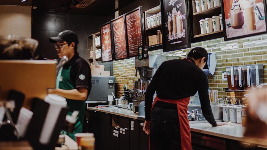 café, cafeteria Starbucks
