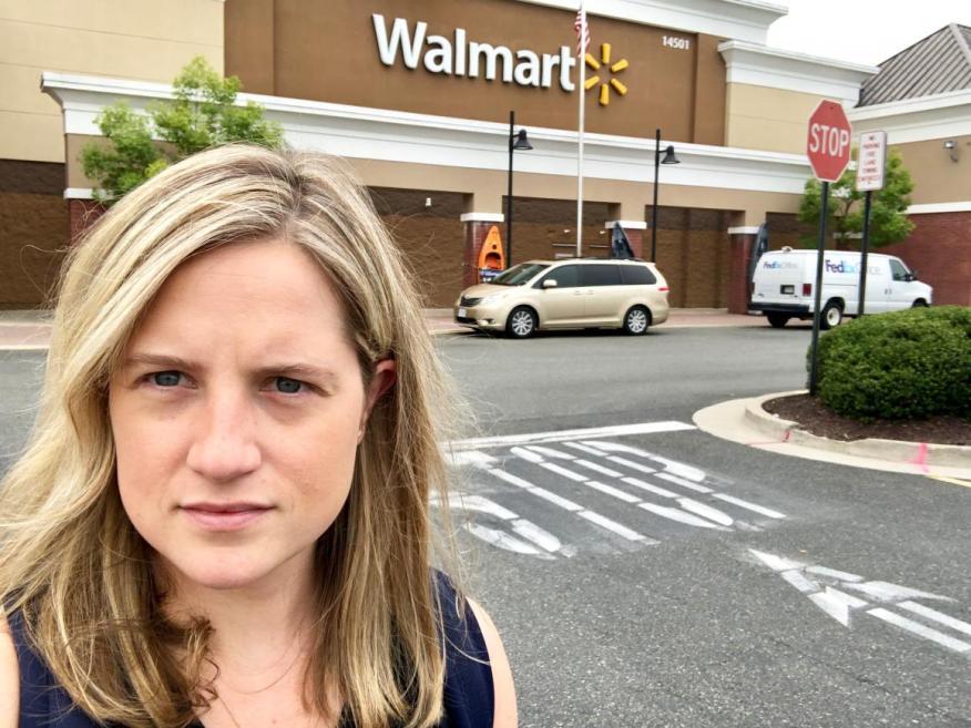 Fui a Walmart a comprar un arma y salí dos veces de la tienda con las manos vacías.