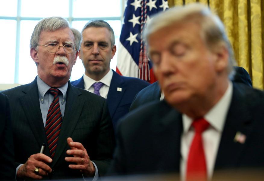 John Bolton, hasta ahora Secretario de Seguridad Nacional, y Donald Trump, presidente de los Estados Unidos.