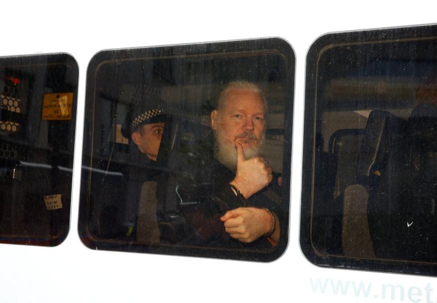 Julian Assange, tras su detención en Londres el 11 de abril.