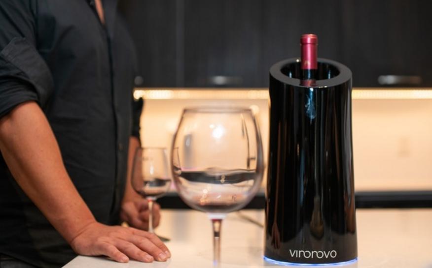 Vino Novo, el gadget que transforma el vino barato casi en un reserva en solo 10 minutos
