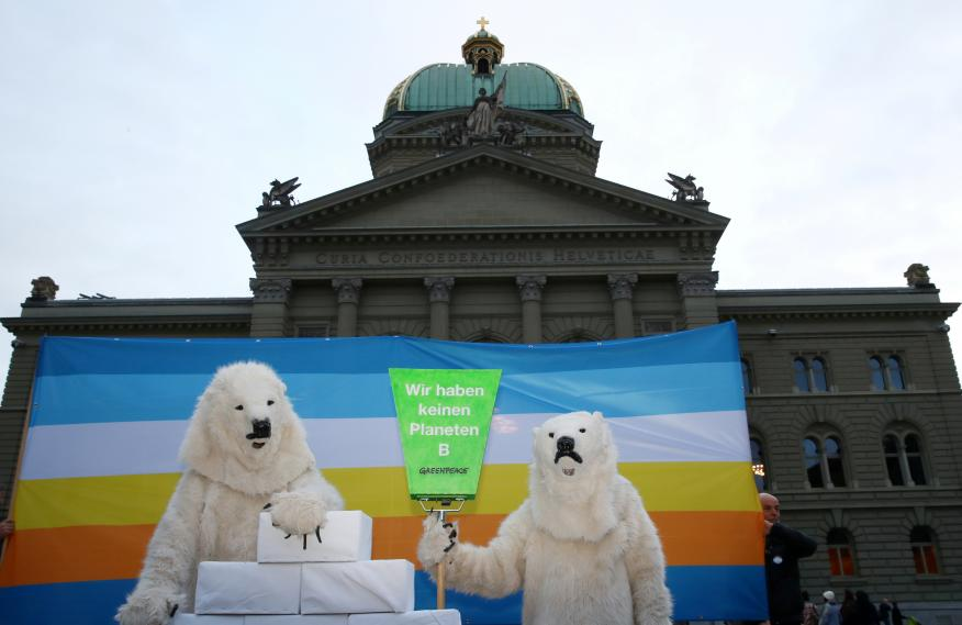 Accion Greenpeace Berlin