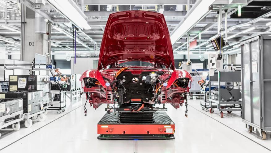 Fabrica Porsche Taycan Zuffenhausen
