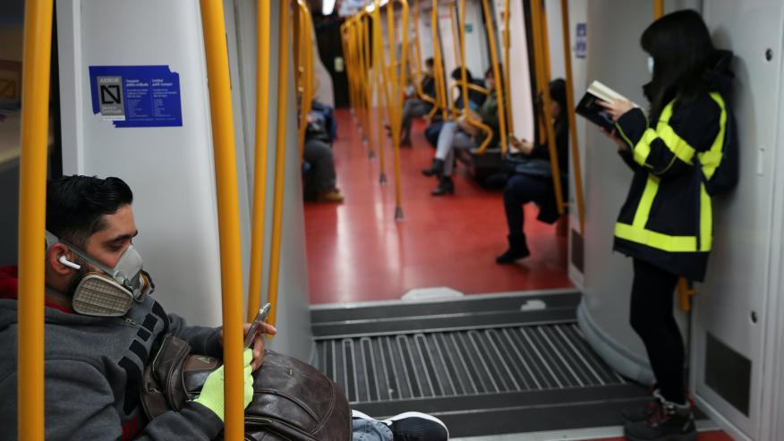 Mascarillas en el metro de Madrid.