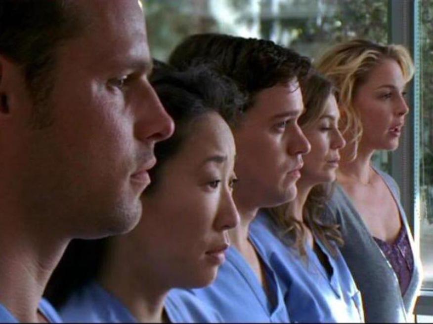(Meredith es el único personaje que sigue en la serie. Es hora de acabar.