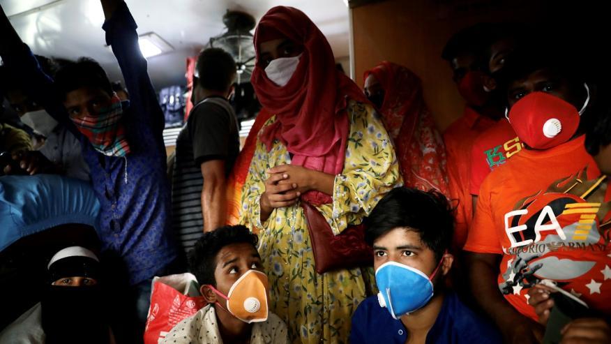 Varios confinado sne Dhaka por el brote de coronavirus.