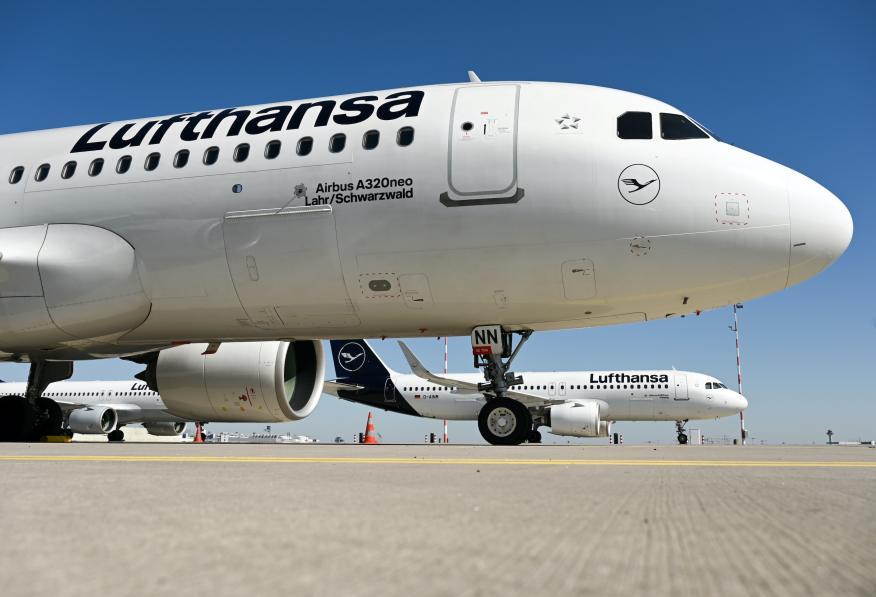 Un avión de Lufthansa en Frankfurt, Alemania.