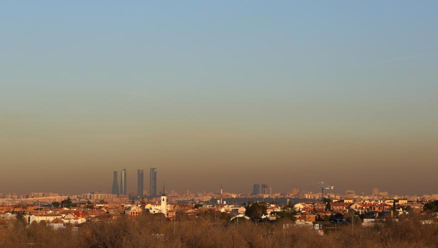 """La """"boina"""" de contaminación sobre la ciudad de Madrid"""