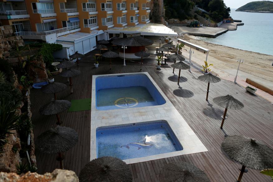 Un hotel de Magaluf (Mallorca) vacío tras el estado de alarma por el coronavirus.