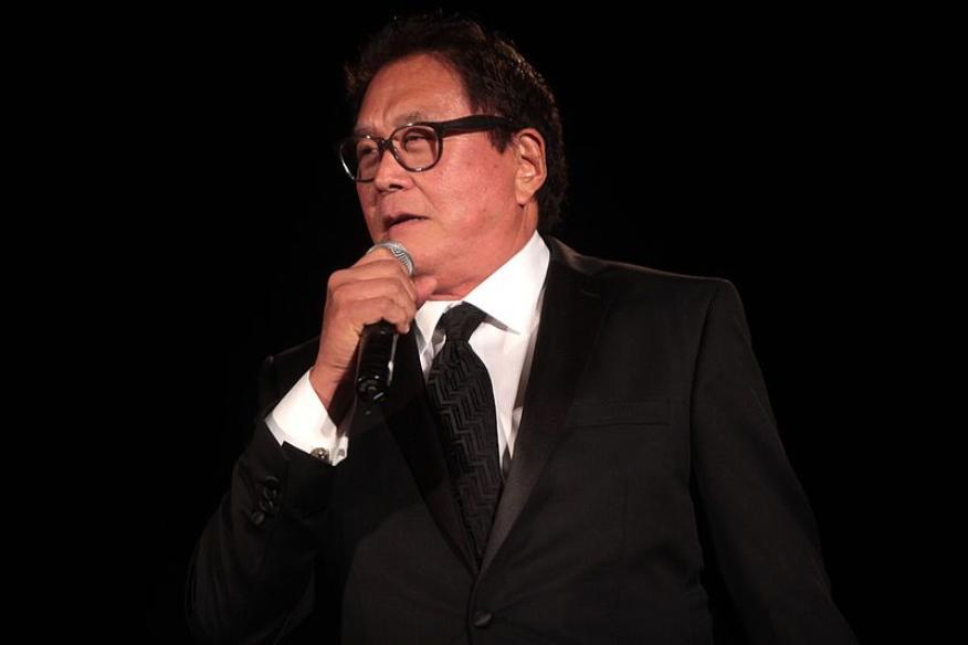 "Robert Kiyosaki, autor de ""Padre Rico, Padre Pobre""."