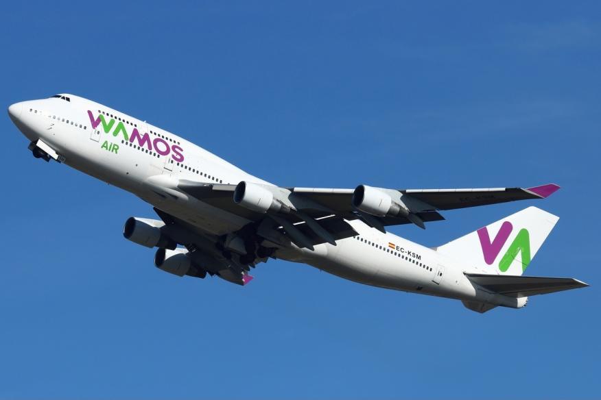 Un avión de Wamos Air.