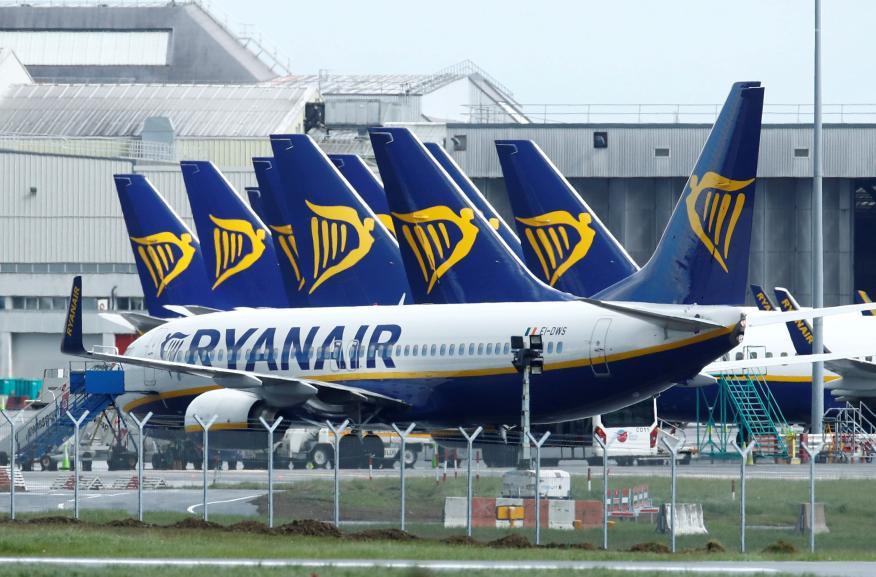 Aviones de Ryanair en el aeropuerto de Dublín, Irlanda, en plena pandemia del coronavirus.