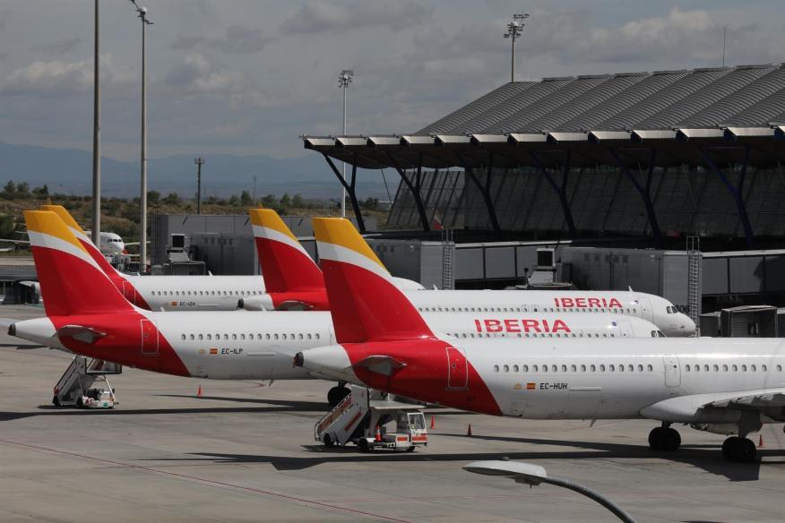 Aviones de Iberia en el Aeropuerto de Madrid-Barajas Adolfo Suárez.