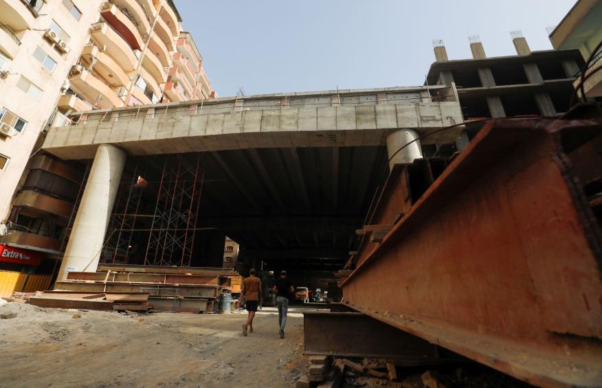 Teraet Al-Zomor en construcción.