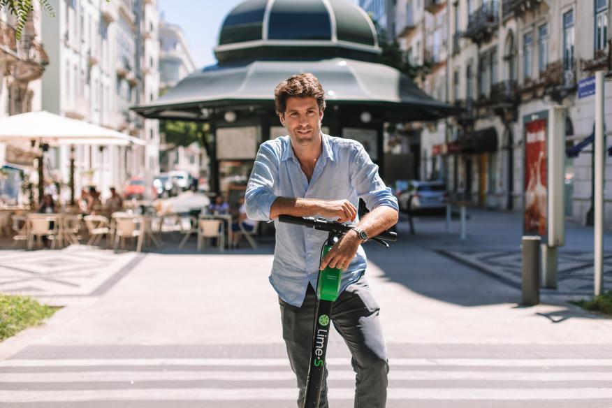 El director general de los patinetes Lime en España, Portugal y Latinoamérica, Álvaro Salvat.
