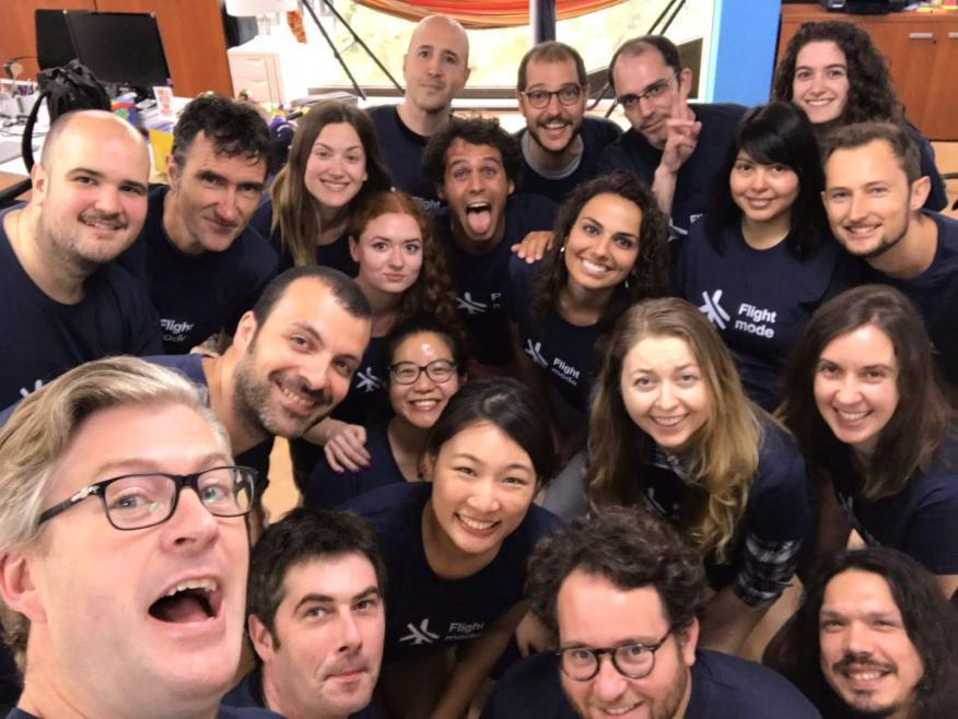 Parte del equipo de la startup española Caravelo.