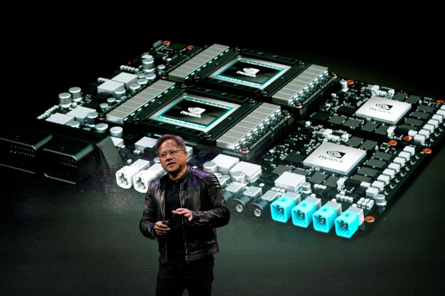 El CEO de la compañía de chips Nvidia, Jensen Huang, en el CES Las Vegas de 2018.