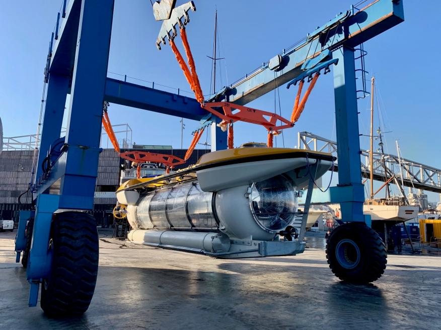 El primer submarino transparente español, Triton DeepView.