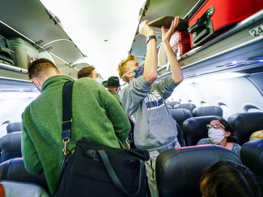 Pasajeros de un avión.