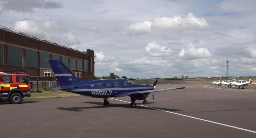 El Piper Mirage modificado por ZeroAvia en el primer avión comercial que funciona con hidrógeno.