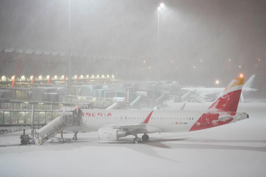 Aeropuerto de Barajas nevado tras el temporal Filomena