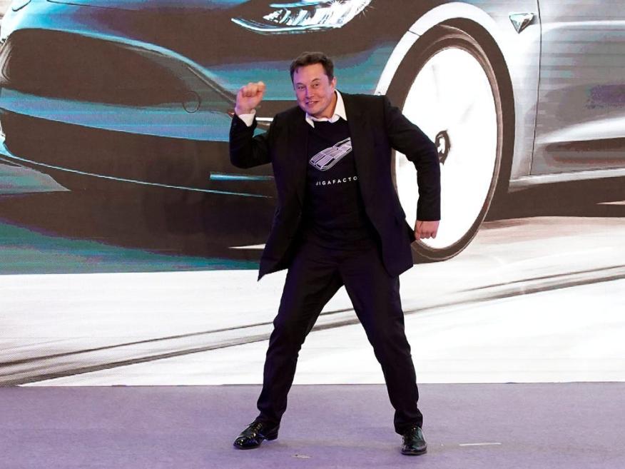 Musk podría convertirse en banquero de bitcoins.