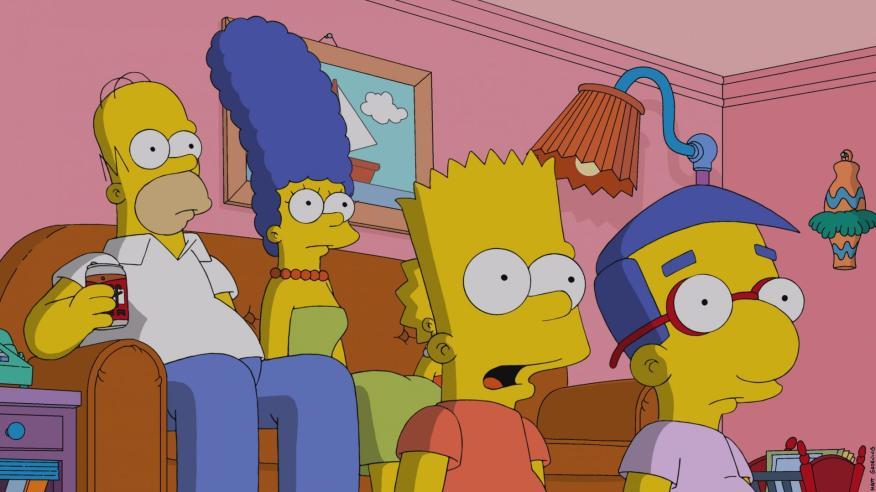 Simpson viendo la tele