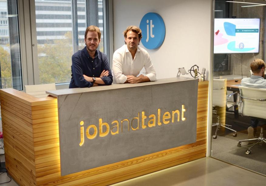 Fundadores de Jobandalent: Felipe Navío (i) y Juan Urdiales (d)