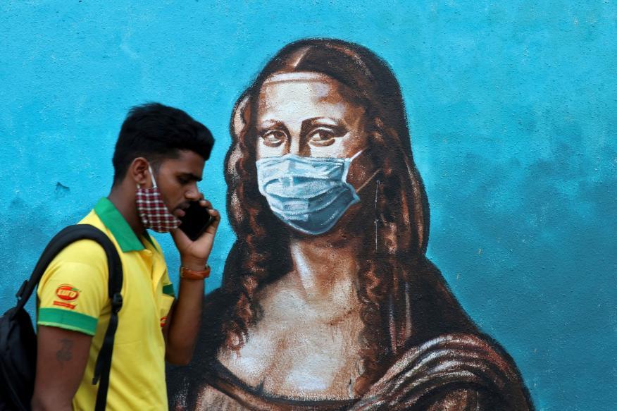 Mural con la Mona Lisa en medio de la pandemia del coronavirus
