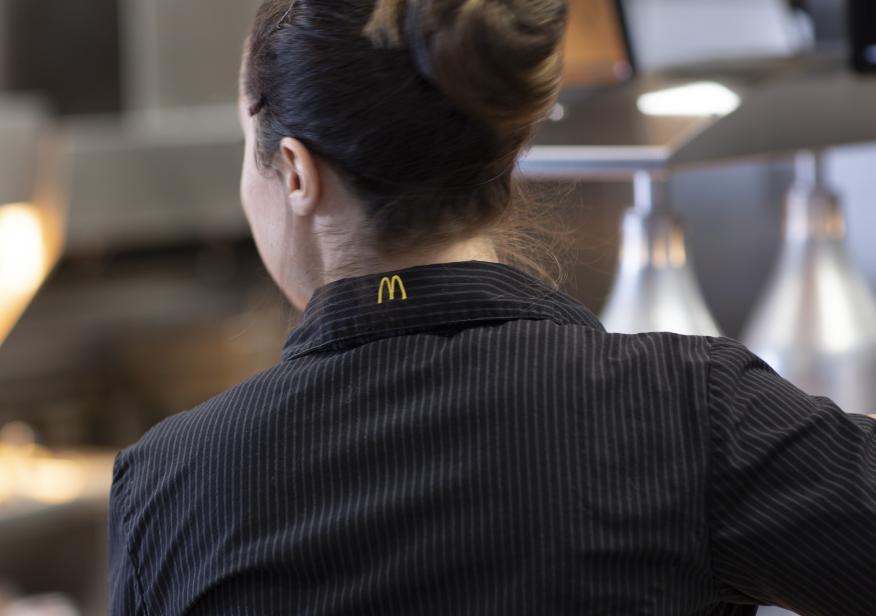 Una trabajadora de McDonald's